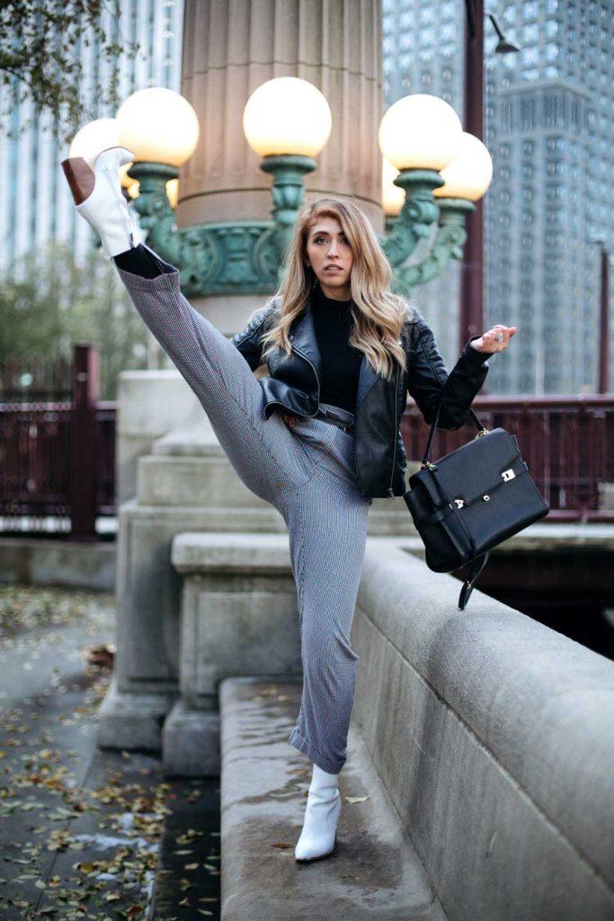 Jessa Lynn - petite blogger in Chicago