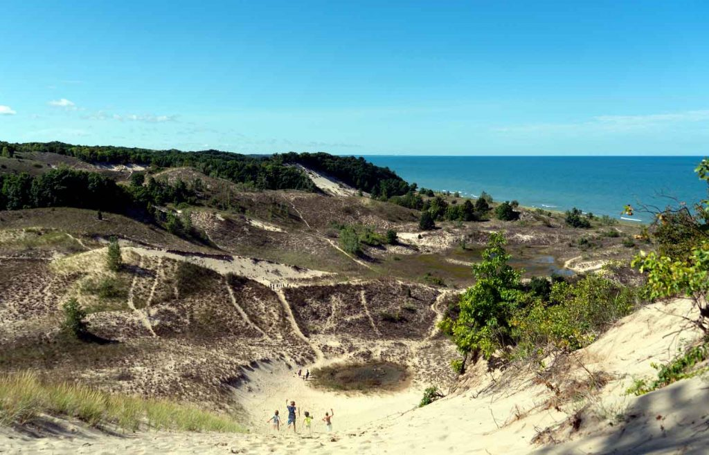 Hike the Warren Dunes - things to do in New Buffalo | Color & Curiosity