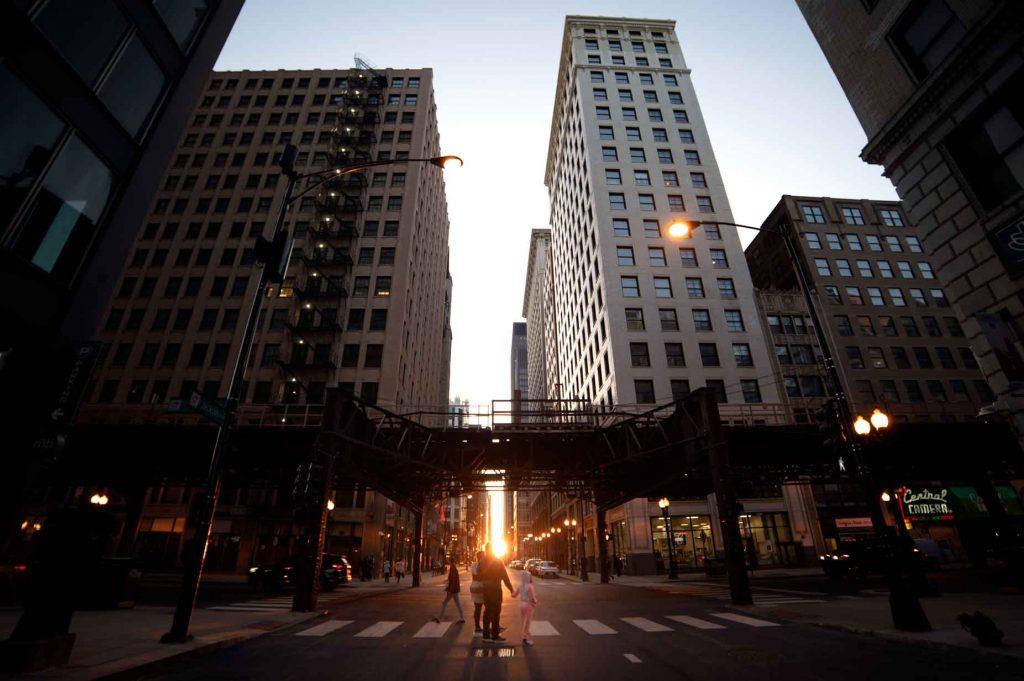 Chicago loop during Chicagohenge - Megan Zink